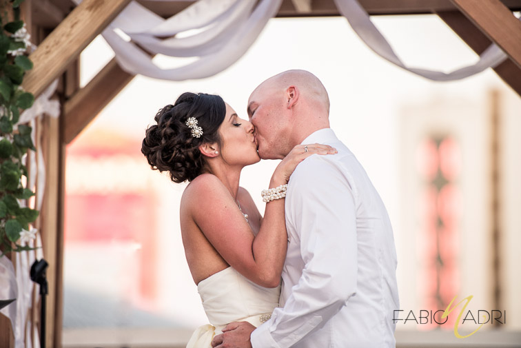 Bride groom kiss Plaza hotel Las Vegas