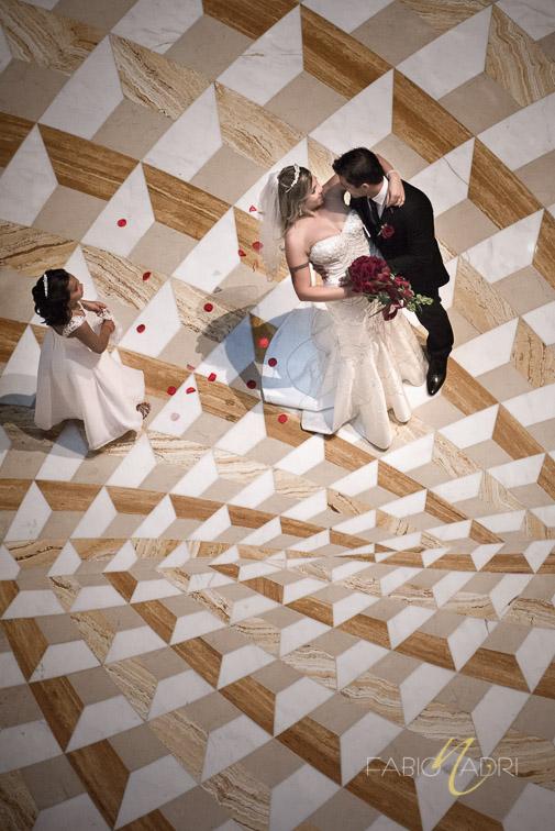 Bride groom photo Aria hotel