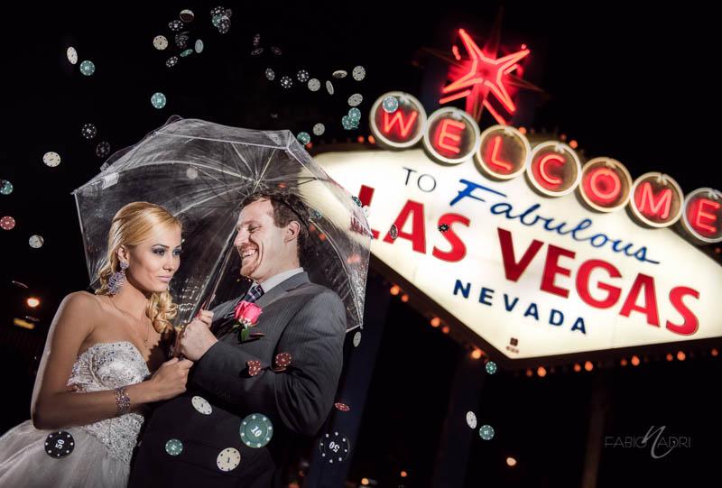 Vegas_Sign_Poker_Chips