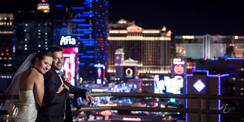 Bride groom Vegas skyline