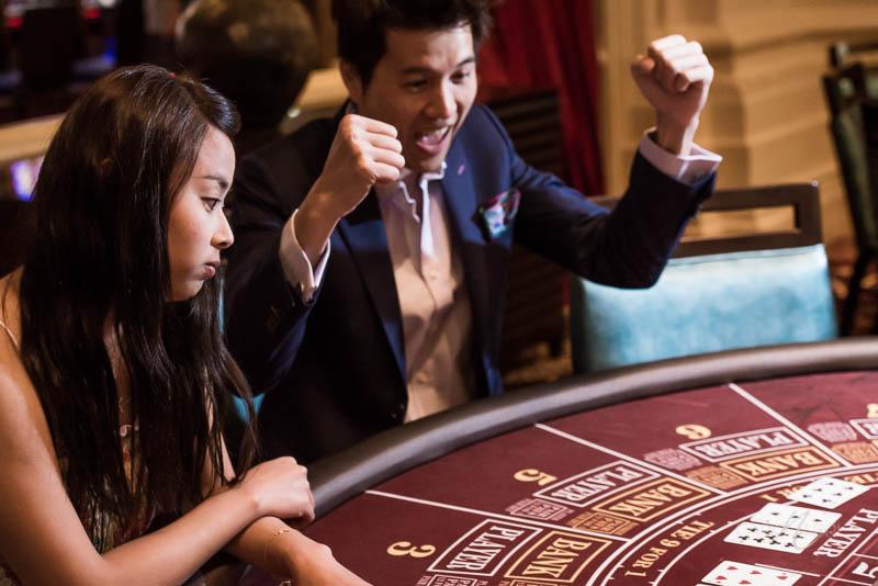 Mandalay bay table game couple photo