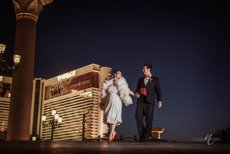 Bride groom walking photo Venetian