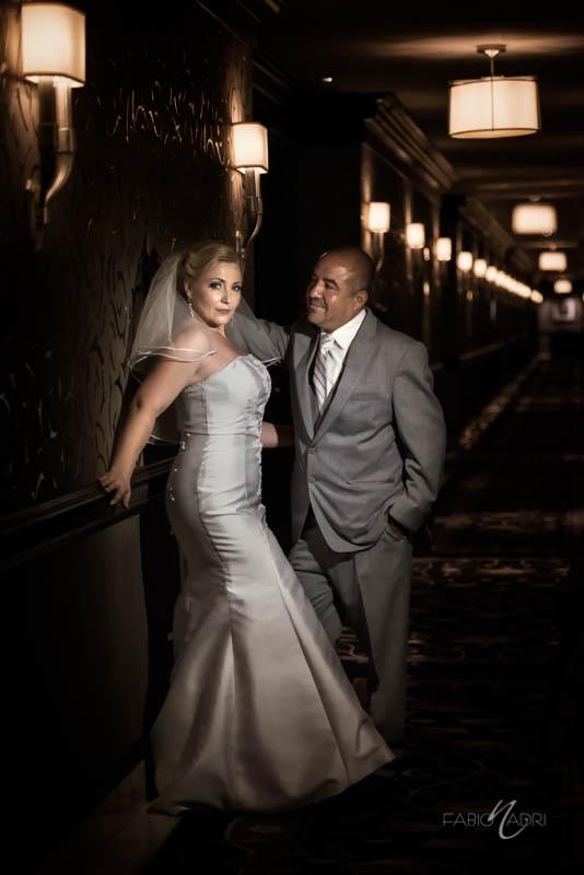 Bride groom photo Bellagio hallway