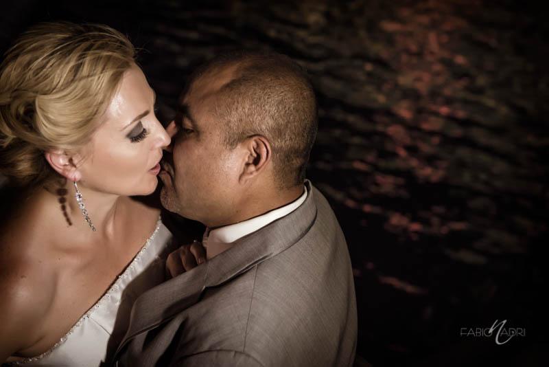 Bride groom kiss Bellagio