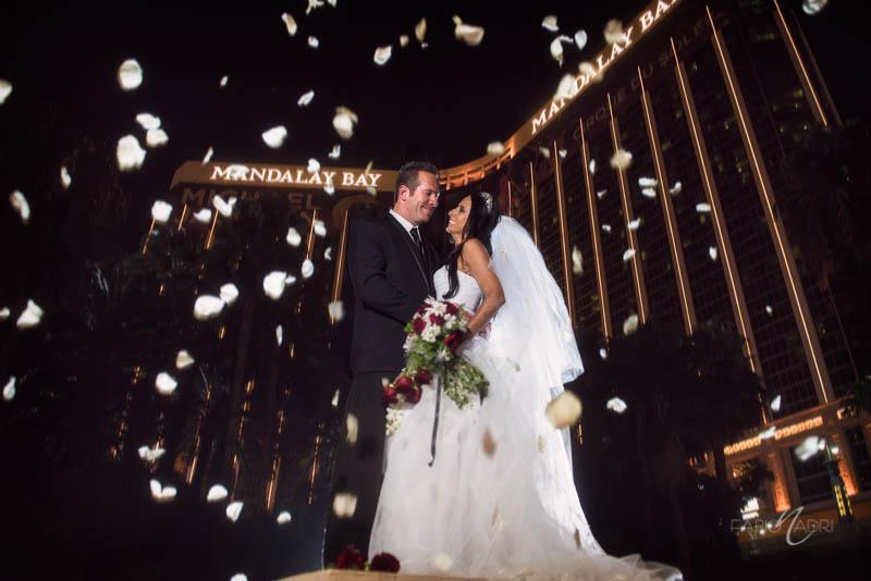Bride groom photo Mandalay Bay