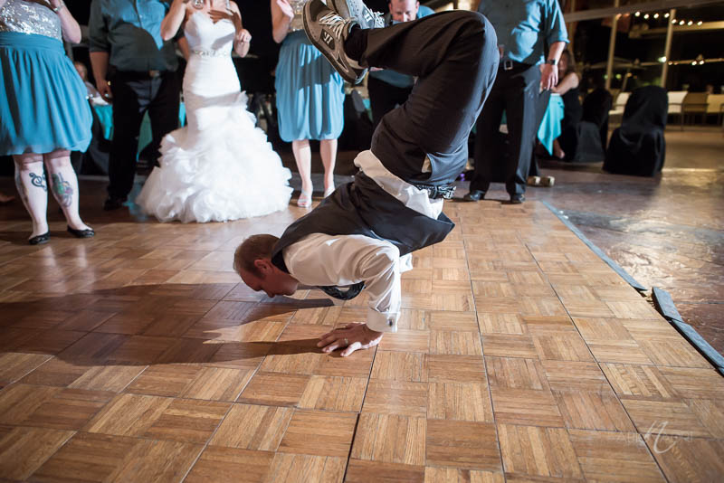 Groom dance floor breakdance