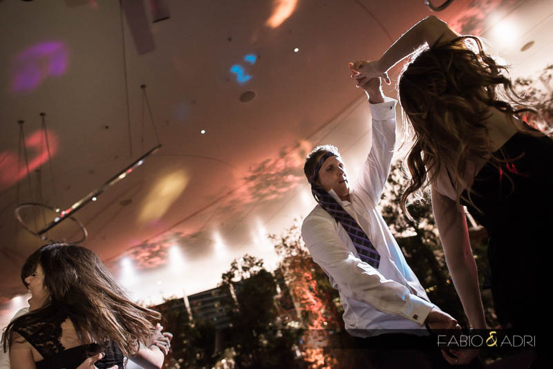 Wedding guests dancing Vice Versa Vdara