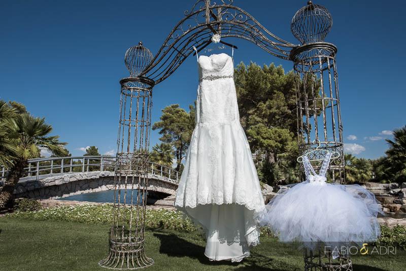Las Vegas Country Club Wedding Photographer Mom Daughter Dress