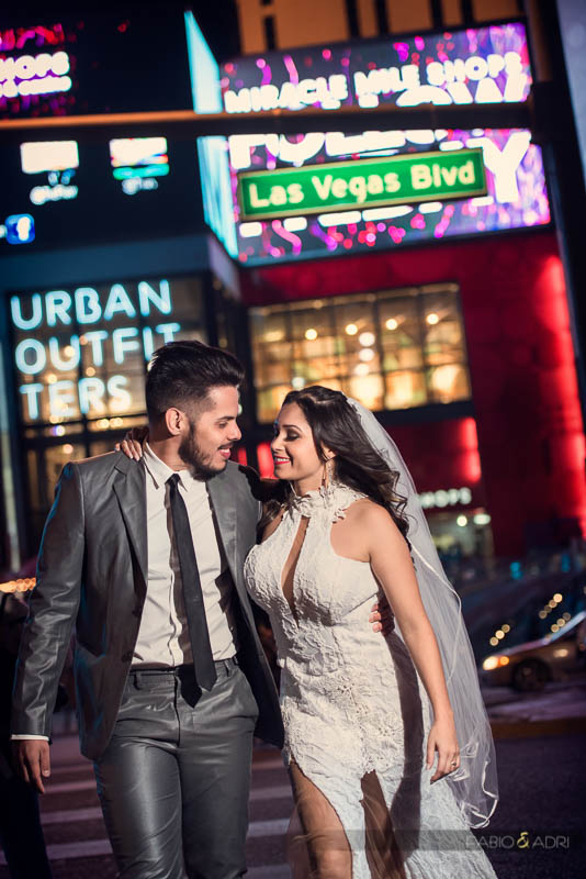 Las-Vegas-Strip-Wedding-Photos-Tour-011