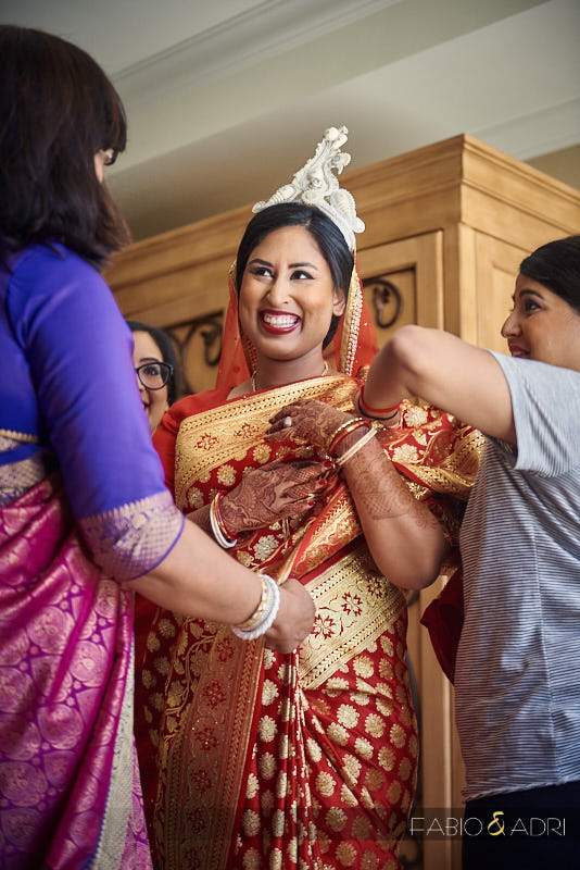 Bengali Bride Getting Ready with Mukut
