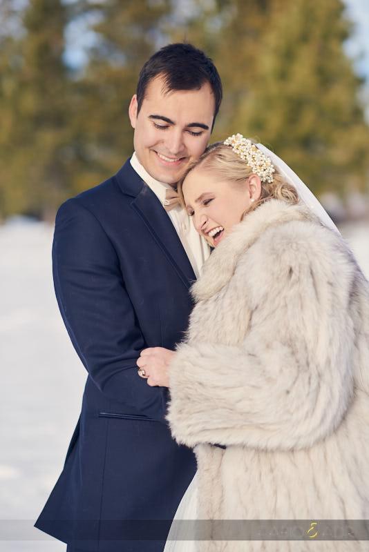 Bride and Groom Winter Wedding in Lake Tahoe