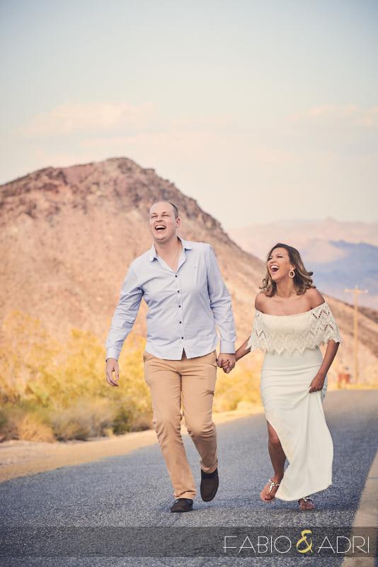 Pre-wedding Photos Running in the Desert