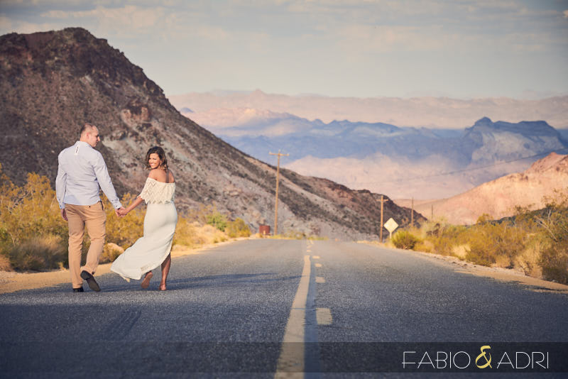 Pre-wedding Desert Road